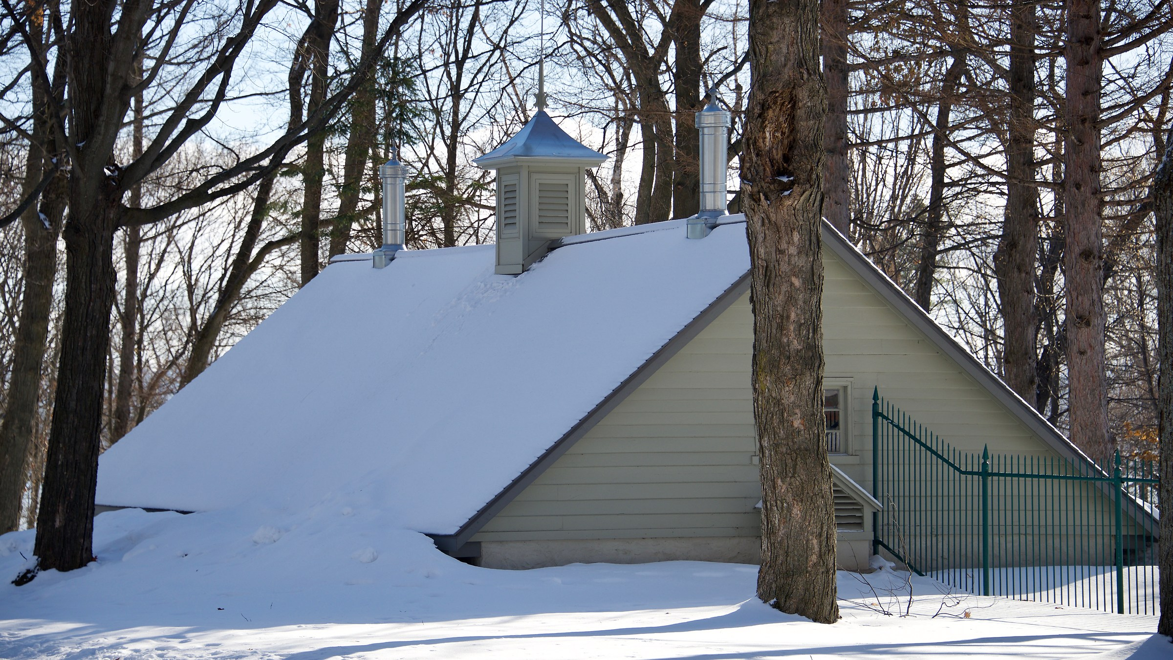 This house is gone due to snow accumulation......