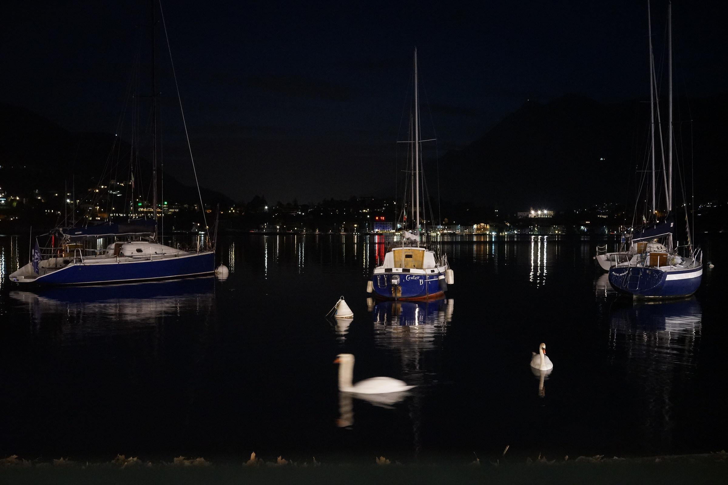 Lago di Lecco, notturno con barche 2...
