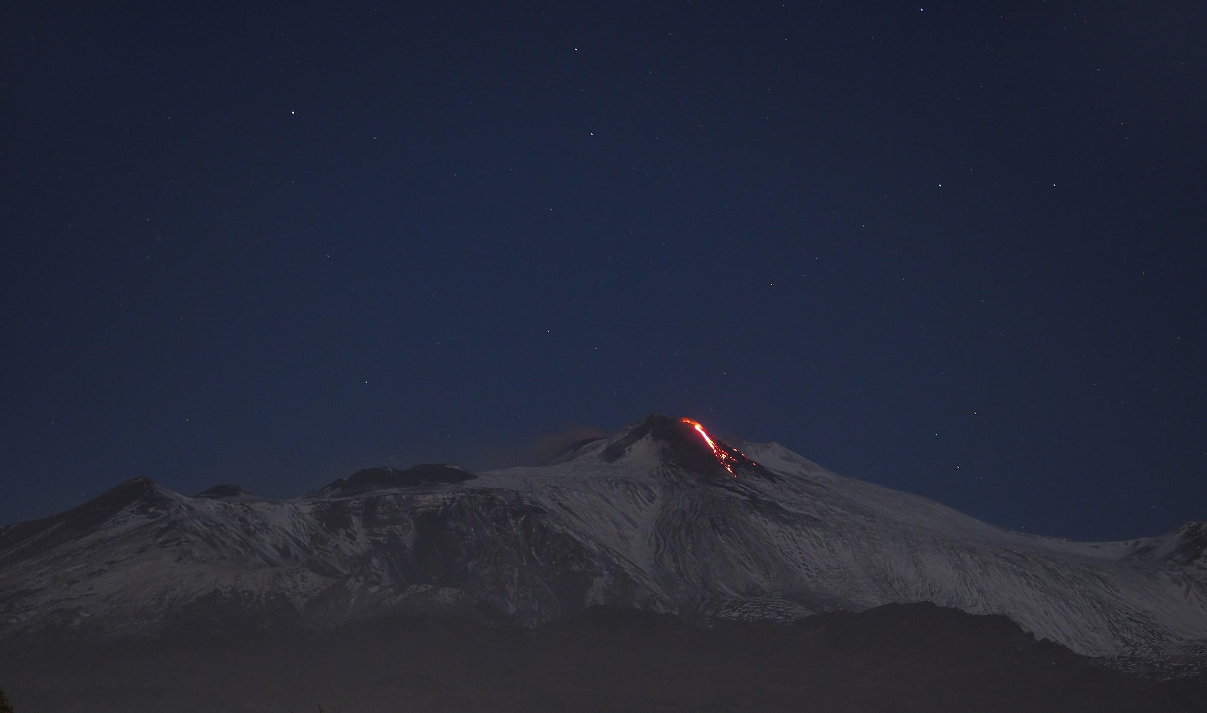 L'Etna sotto le stelle...