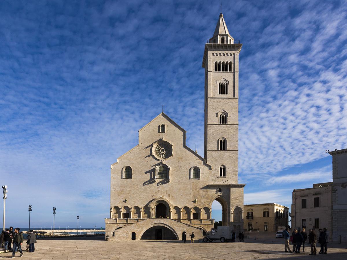Trani, la Cattedrale sul mare...