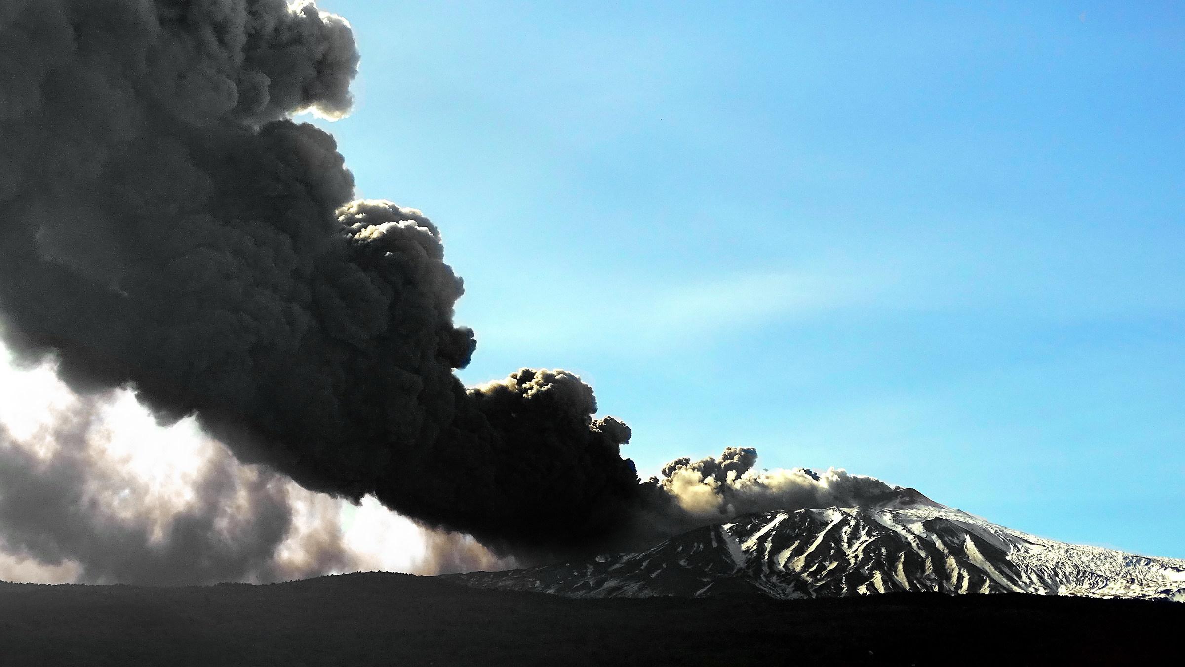 Etna eruption 24/12/2018...