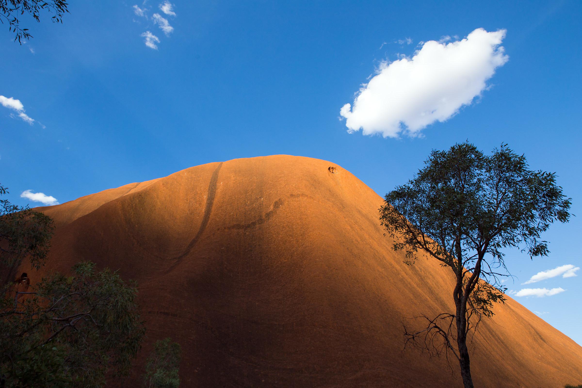 Light games on Uluru...