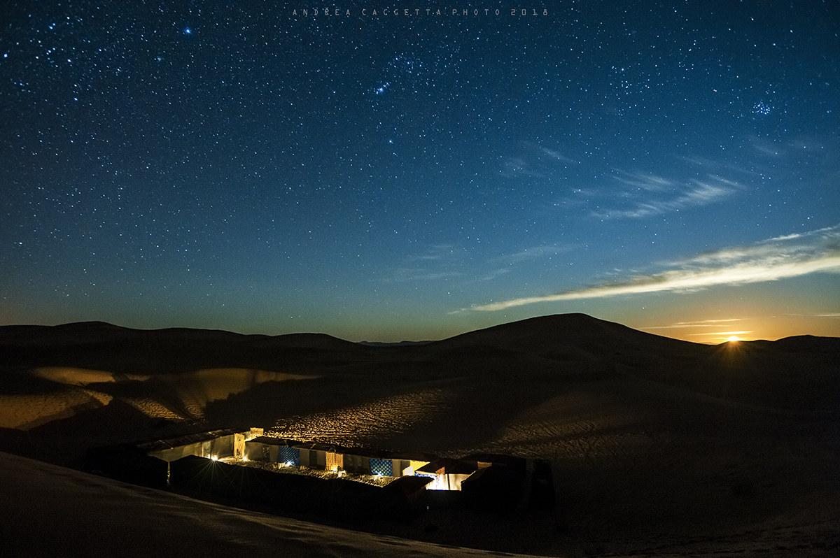 Moonset in Sahara...