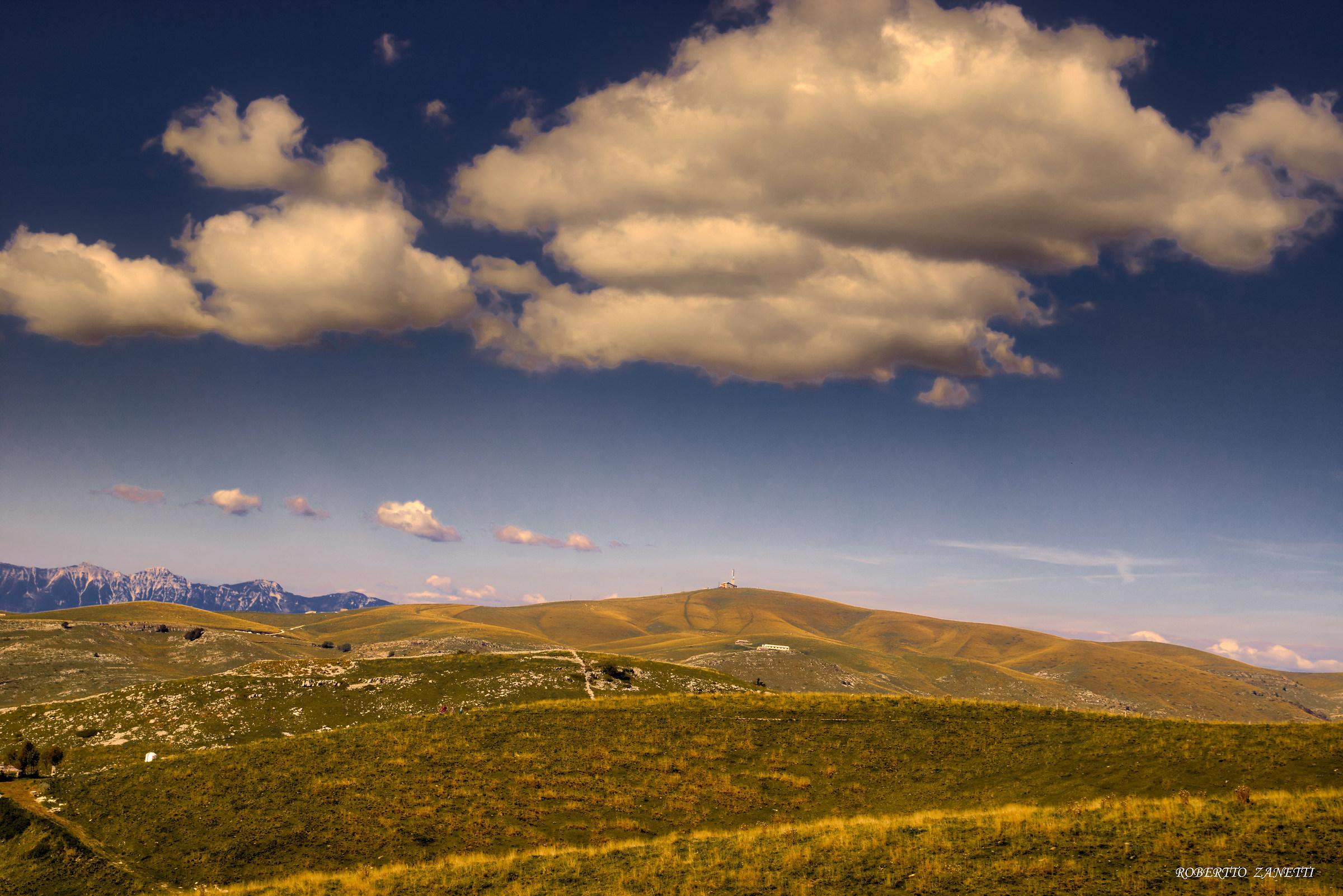 Primaneve Refuge on Monte Tomba...