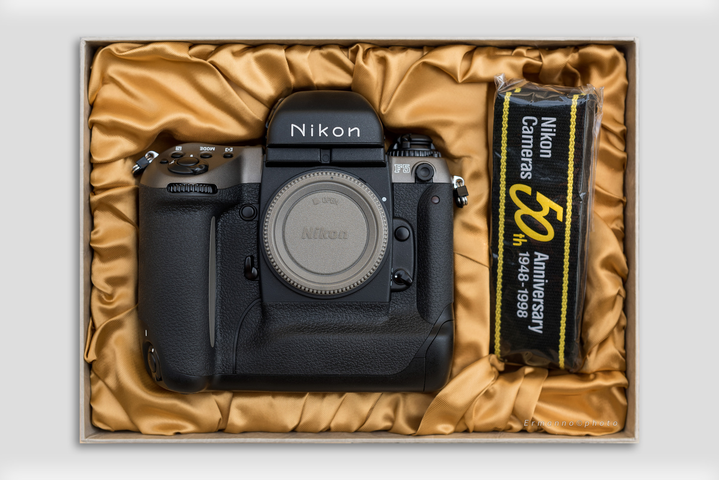 Nikon F5 Anniversary 50th...