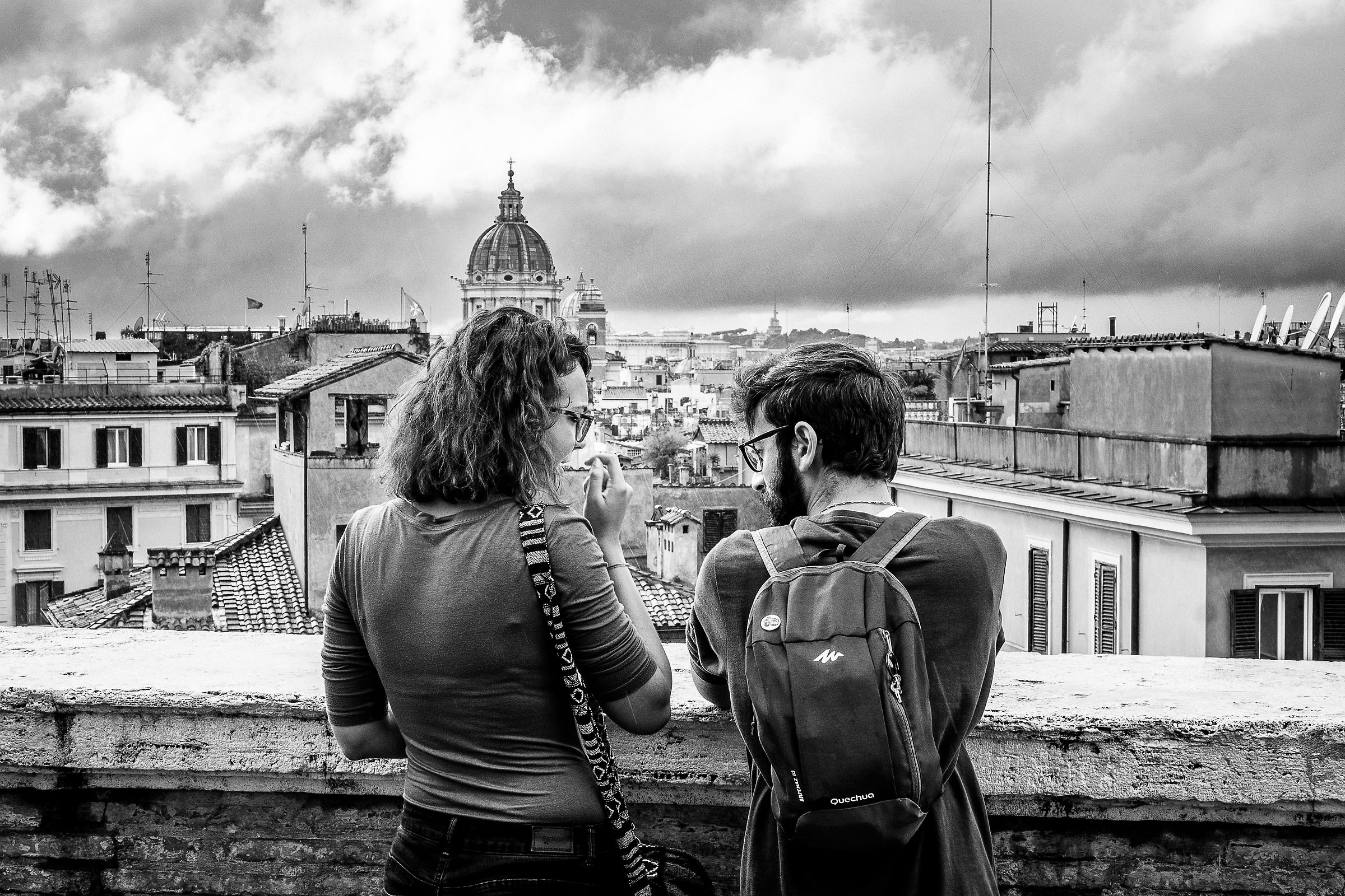 Love in front of Rome...