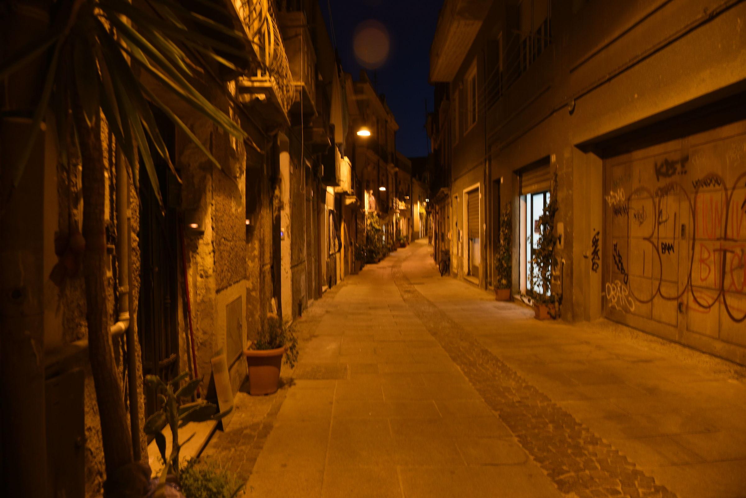 Glimpse of Villanova Ca District...