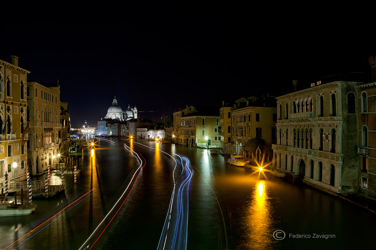 Night in canal...