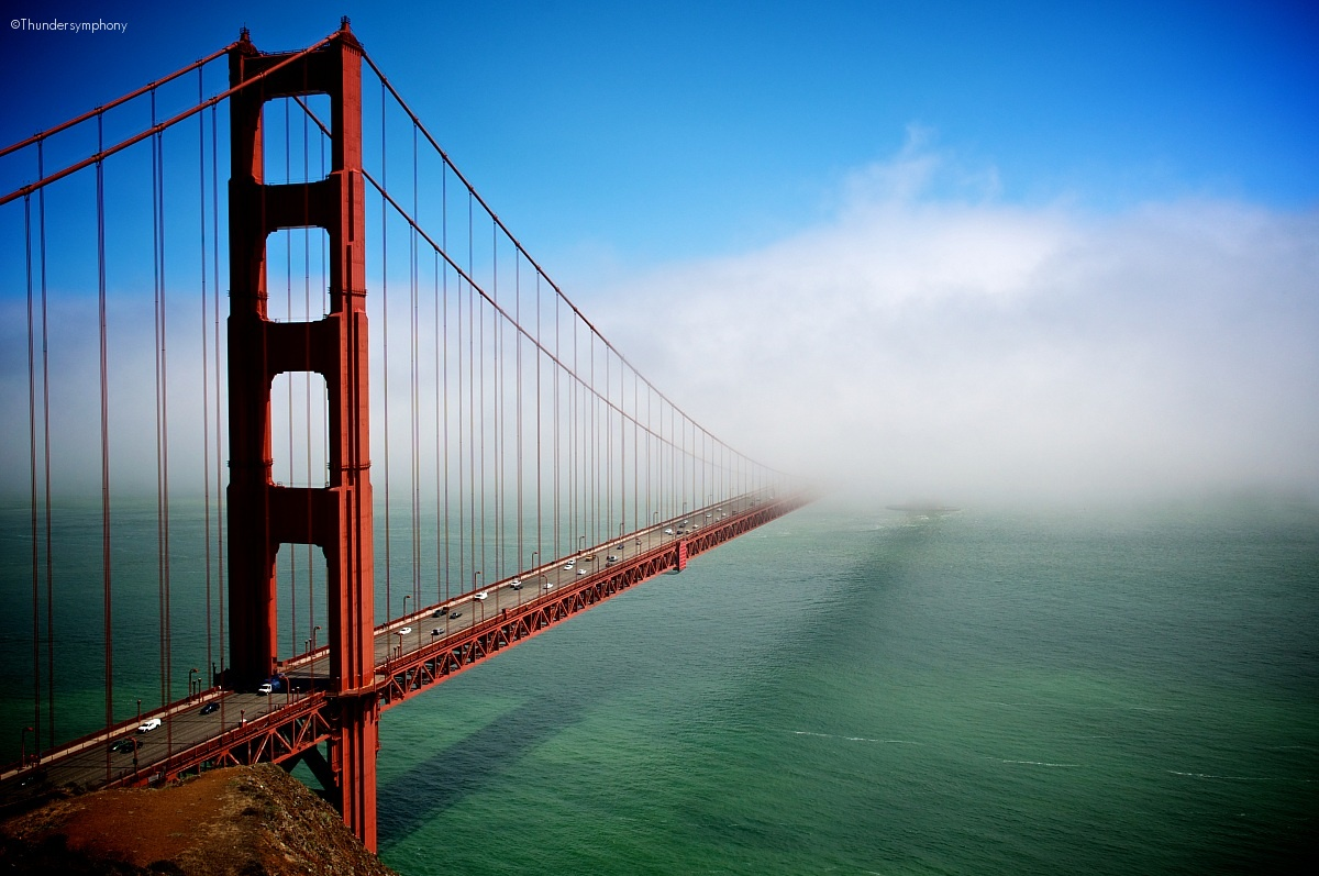 Golden Gate Bridge (When The Fog Rolls In)...