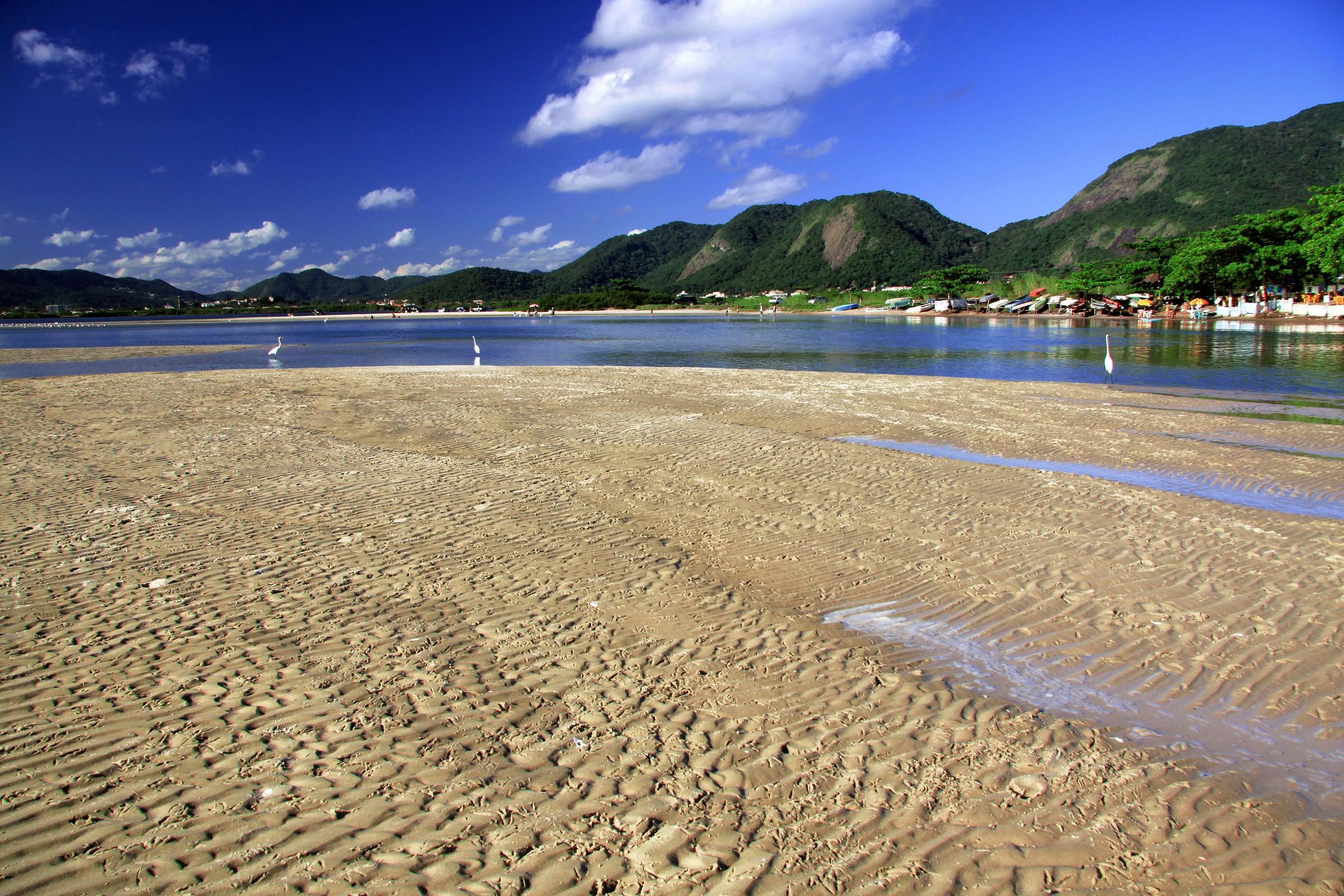 Itaipu Beach, rj...
