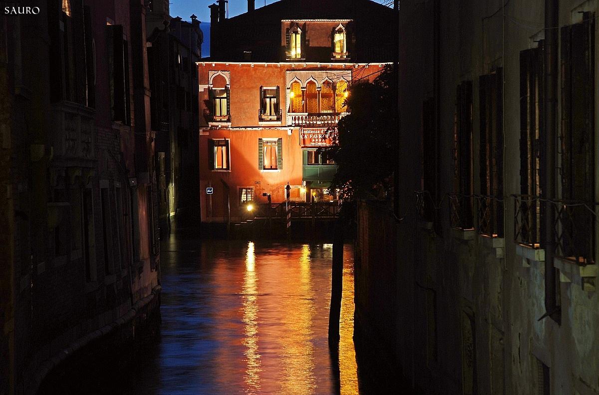 glimpse Veneziano...
