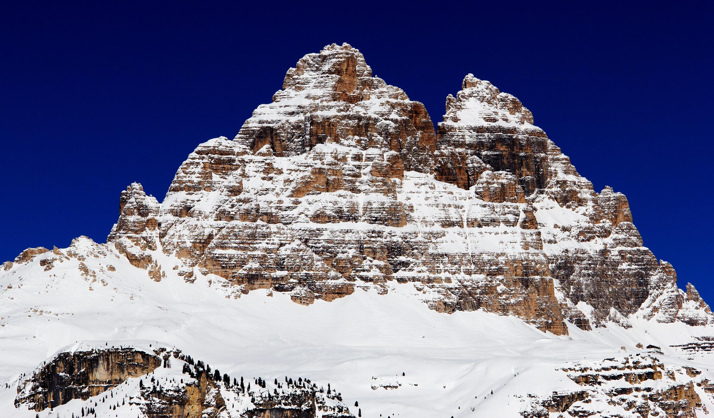 Three peaks and Refuge auronzo...