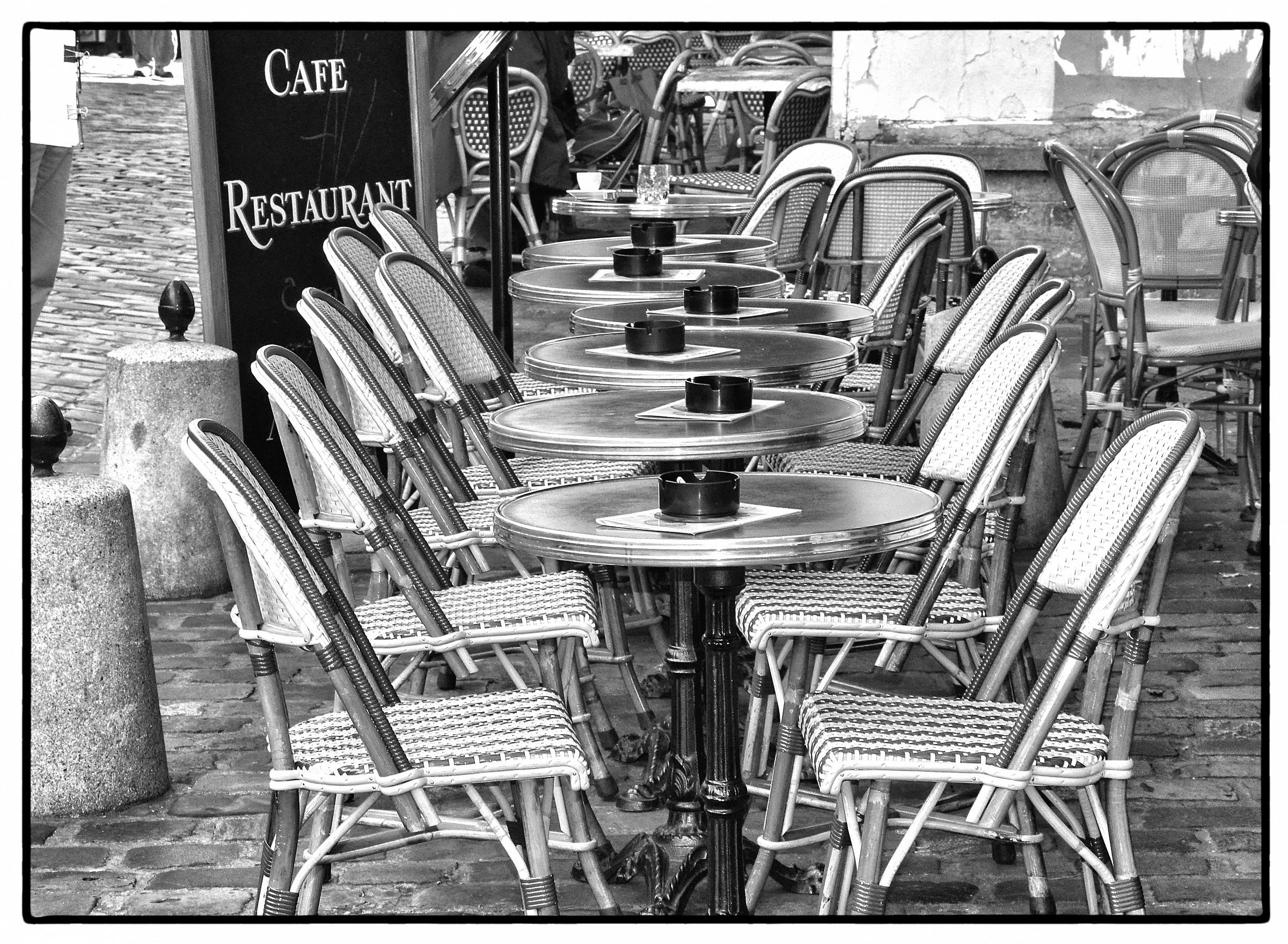 bar of paris...