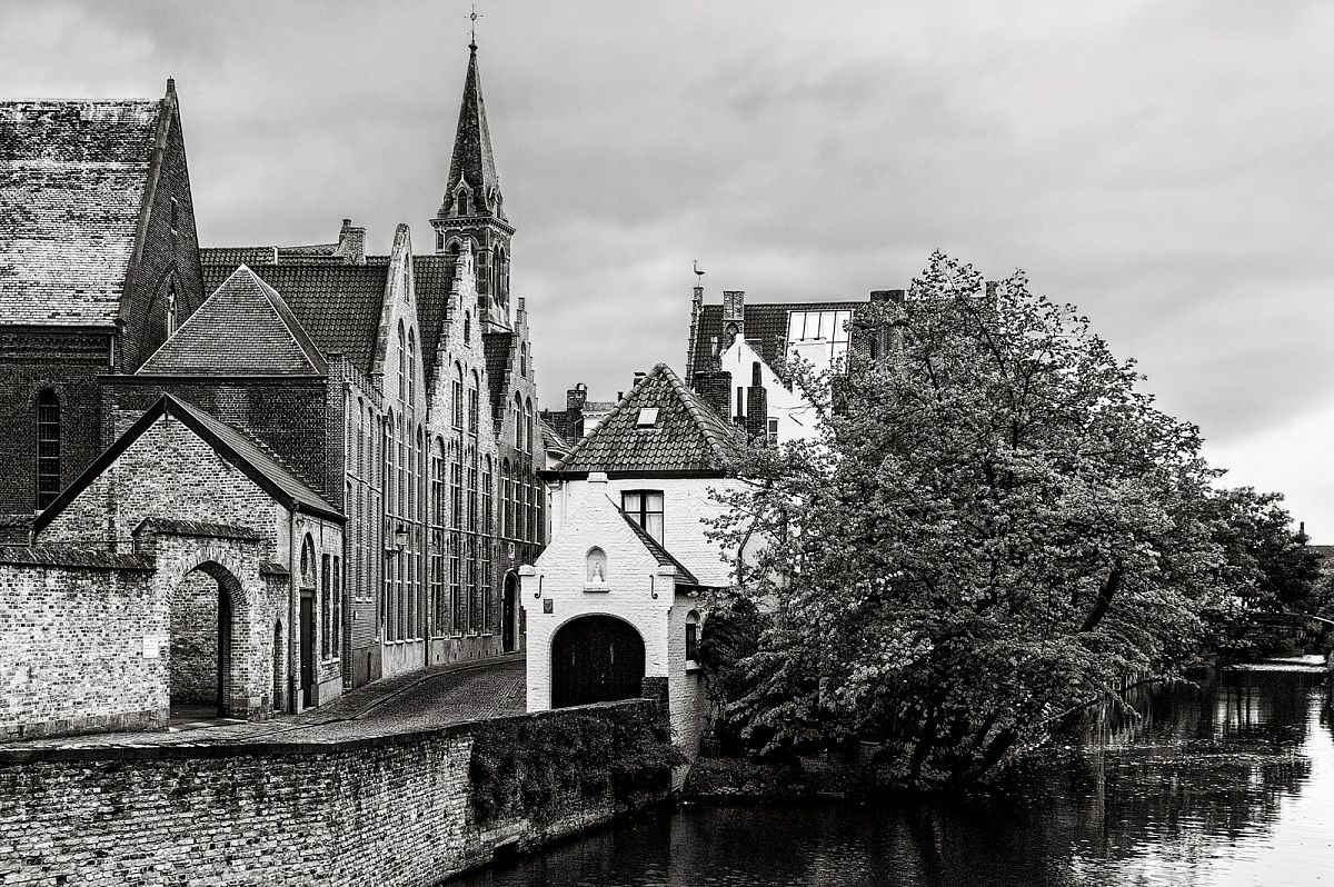 Architettura By Silvan Juzaphoto White Long Bruges Sent On April 08 2013 1443 4 Comments 528 Views