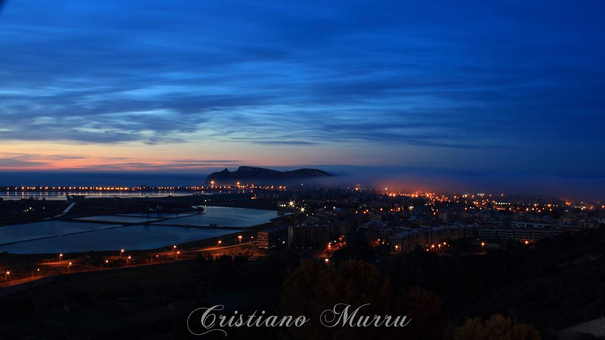 Un alone di mistero avvolge la città di Cagliari...