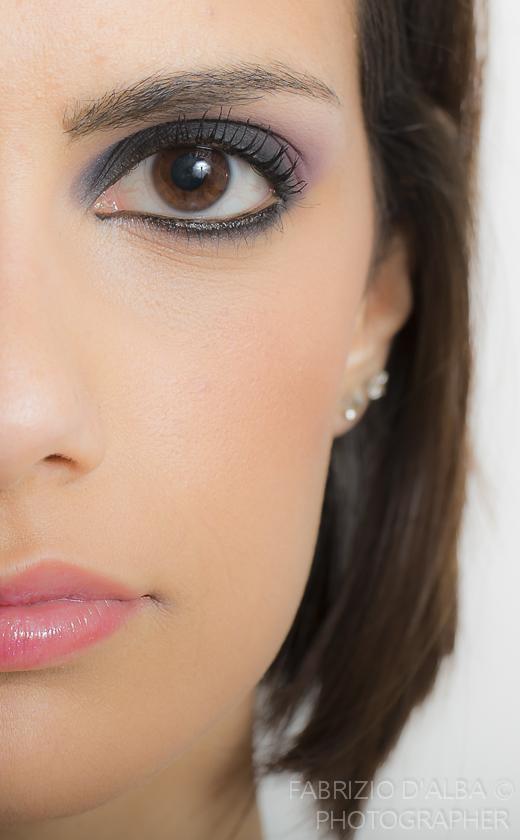 Makeup open...