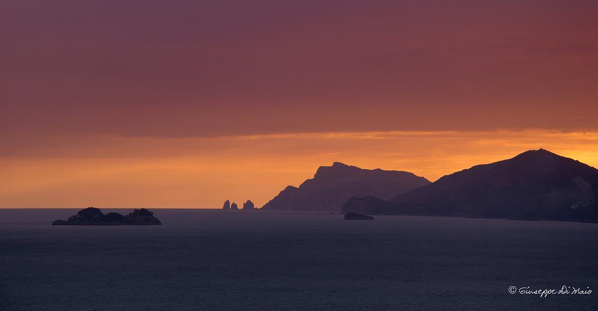 Colori del tramoto sulla Costiera Amalfitana...