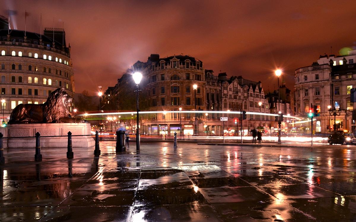 Trafalgar Square 2...