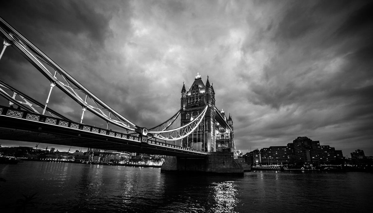 The storm over the bridge...