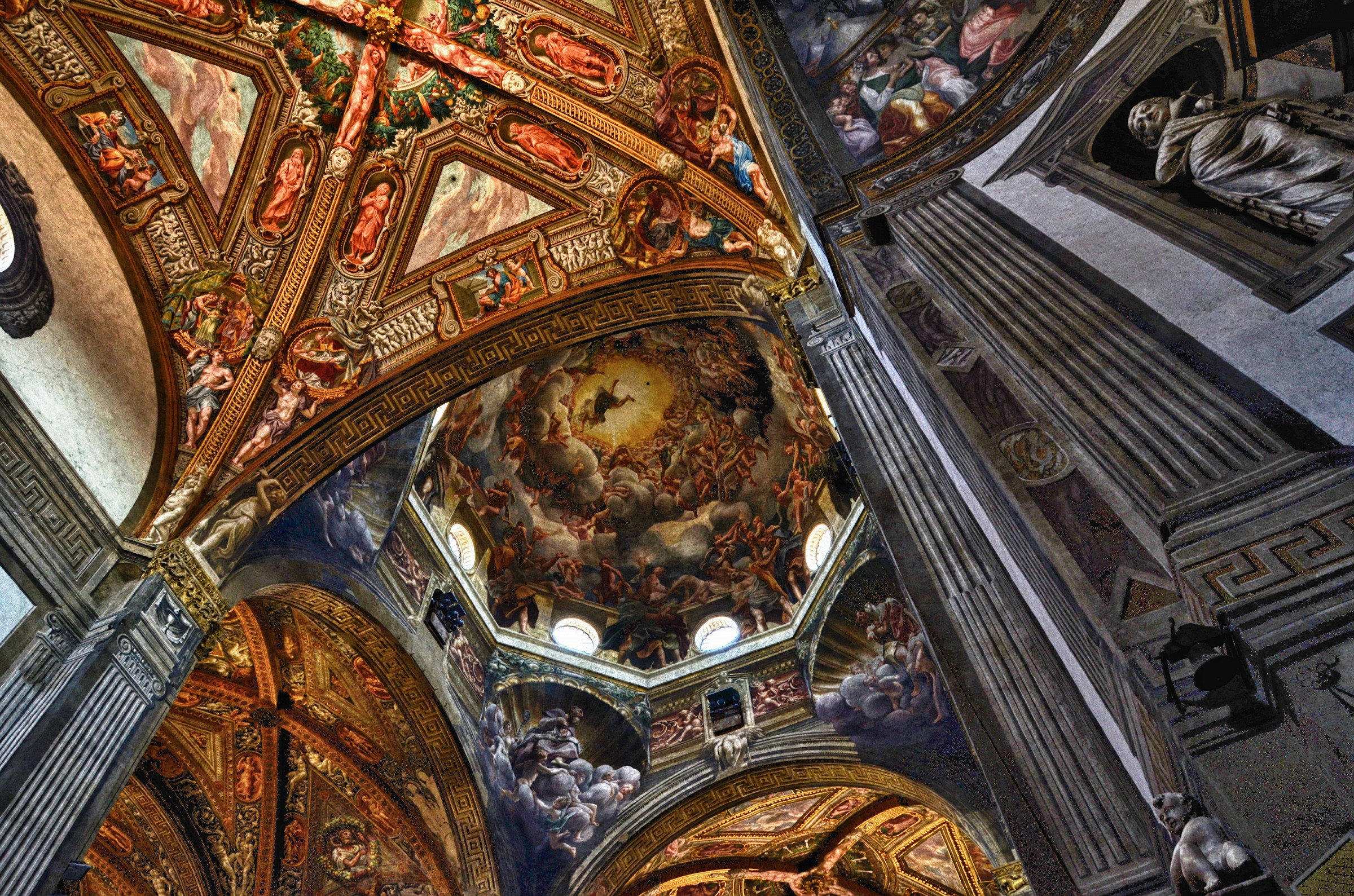 Parma Cathedral, interior dome...