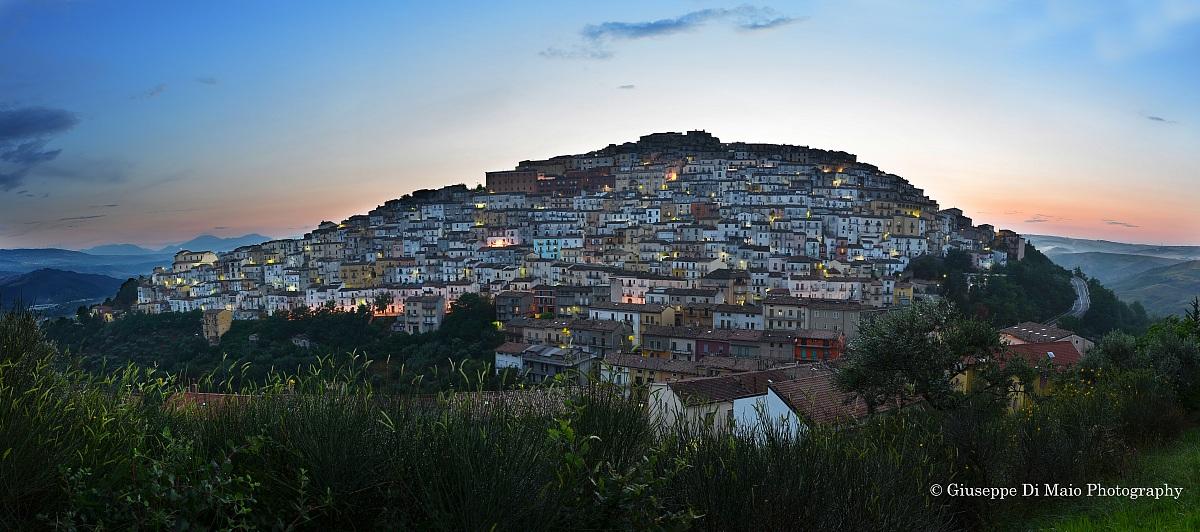 Panoramica Calitri ( Crepuscolo )...