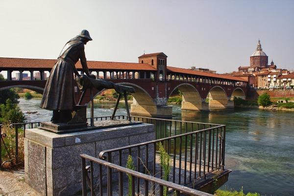 Lavandaia e ponte vecchio di pavia v2 juzaphoto for Mercatino usato pavia