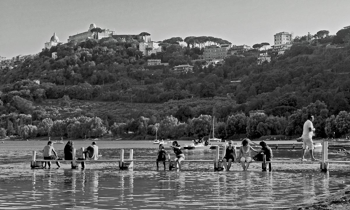 momenti di vita del lago di Castel Gandolfo (rm)...