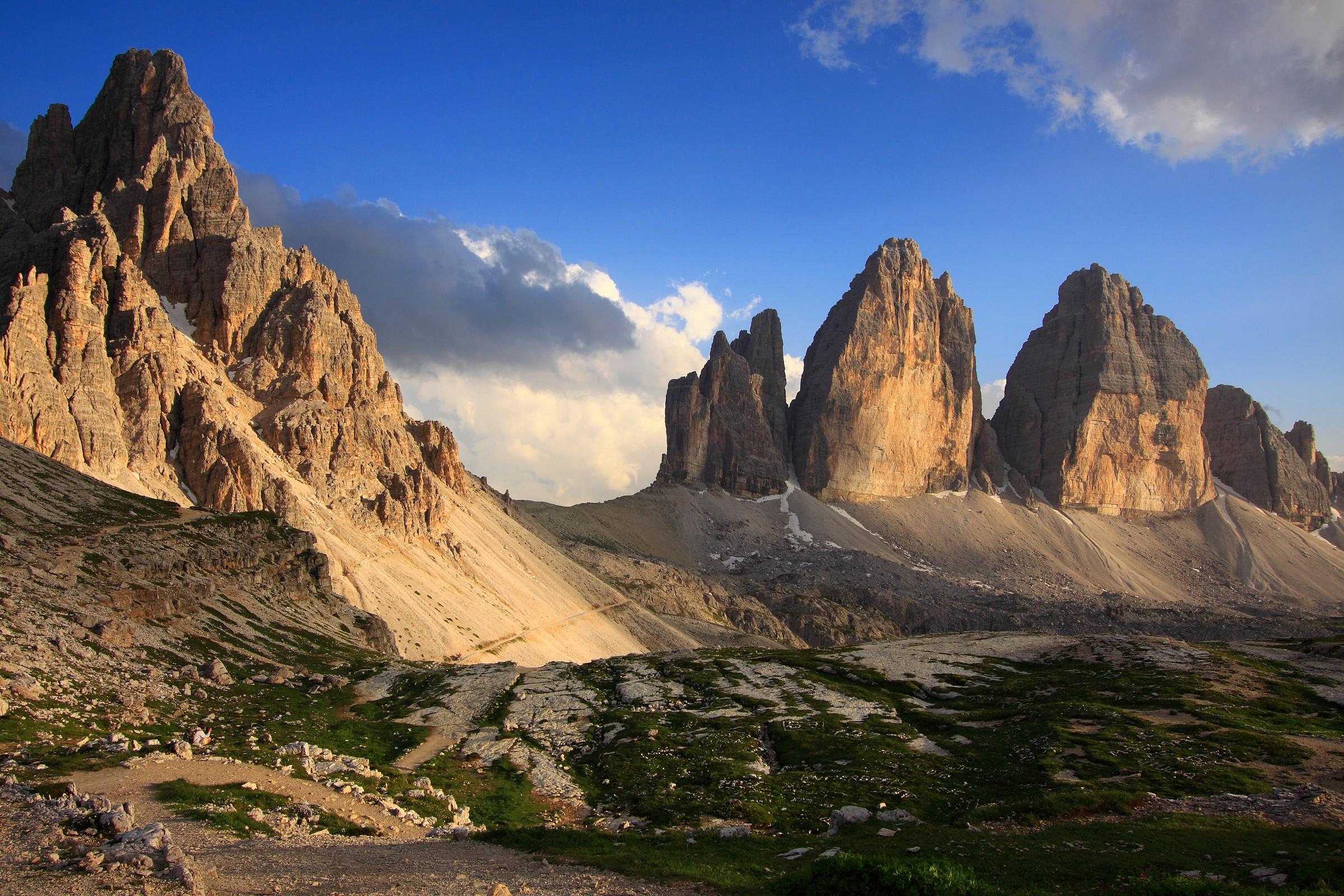 tre cime di Lavaredo e monte Paterno 1...