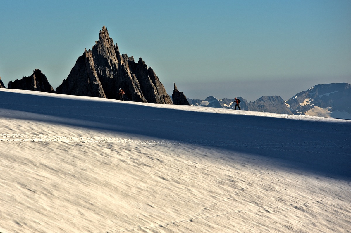 Intrepidi all'alba sul ghiacciaio del Monte Bianco.....