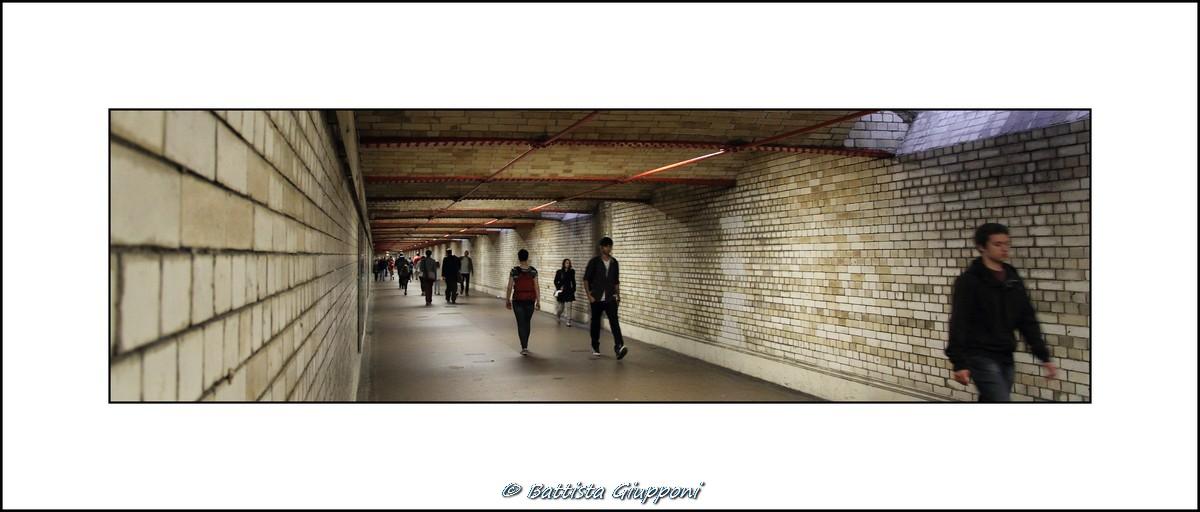 Erika walks alone - London...