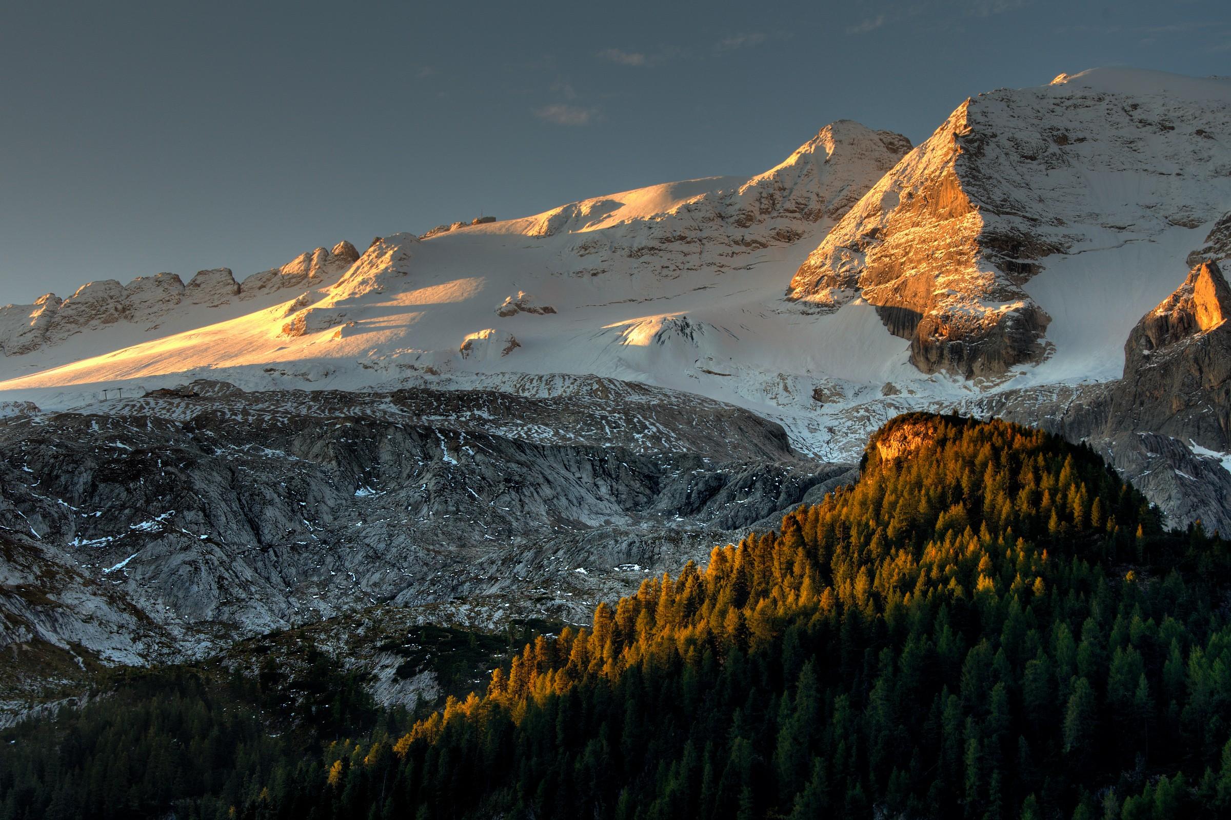Sunrise on the Marmolada...