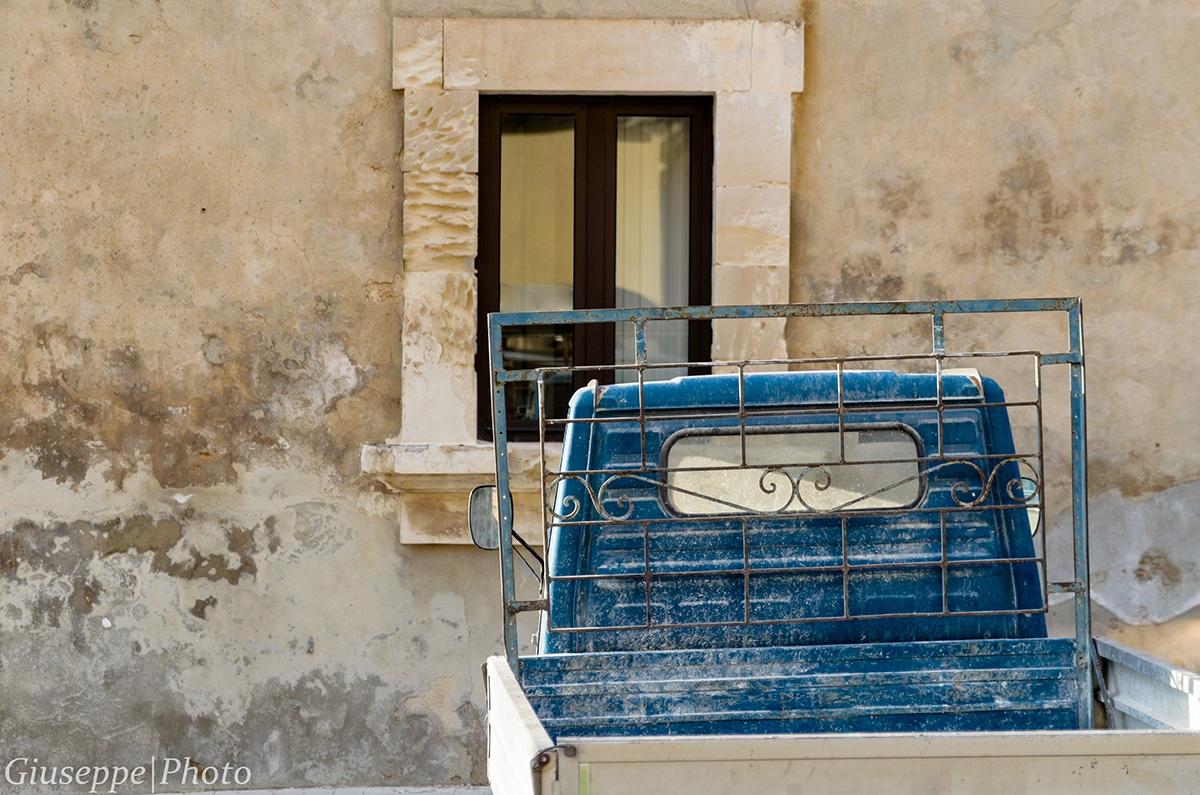Curiosita 39 by condorg juzaphoto - Affacciati alla finestra amore mio ...