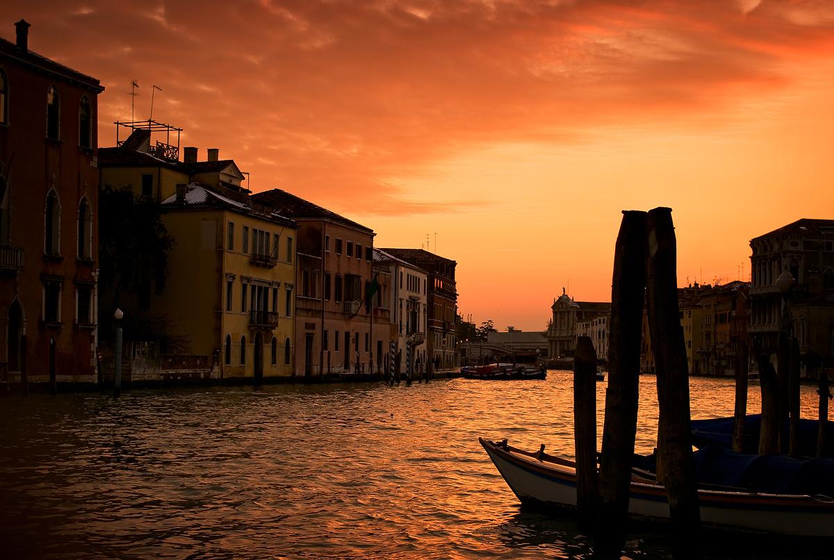 Landing S.Marcuola (Venice)...