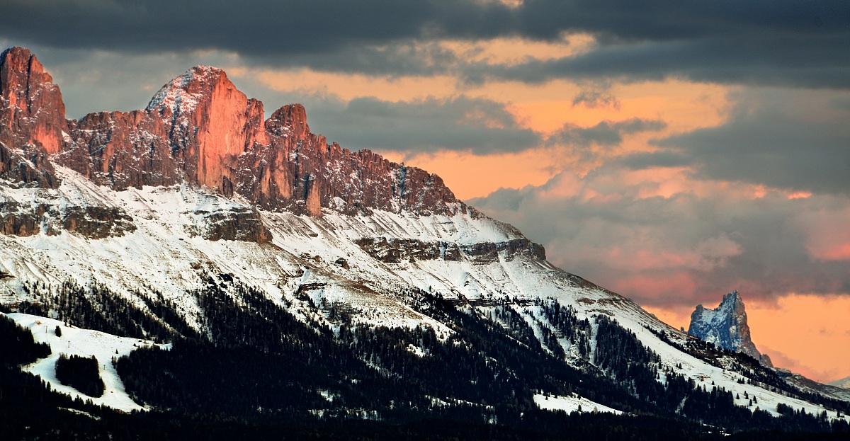 Roda di Vael the sunset...