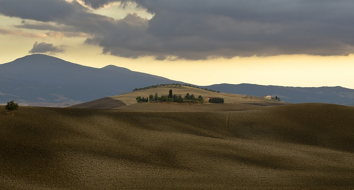 Going to rain ... (in the Val d'Orcia)...