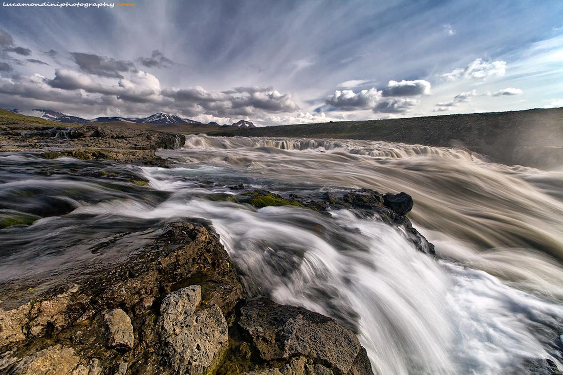Gulfoss falls...