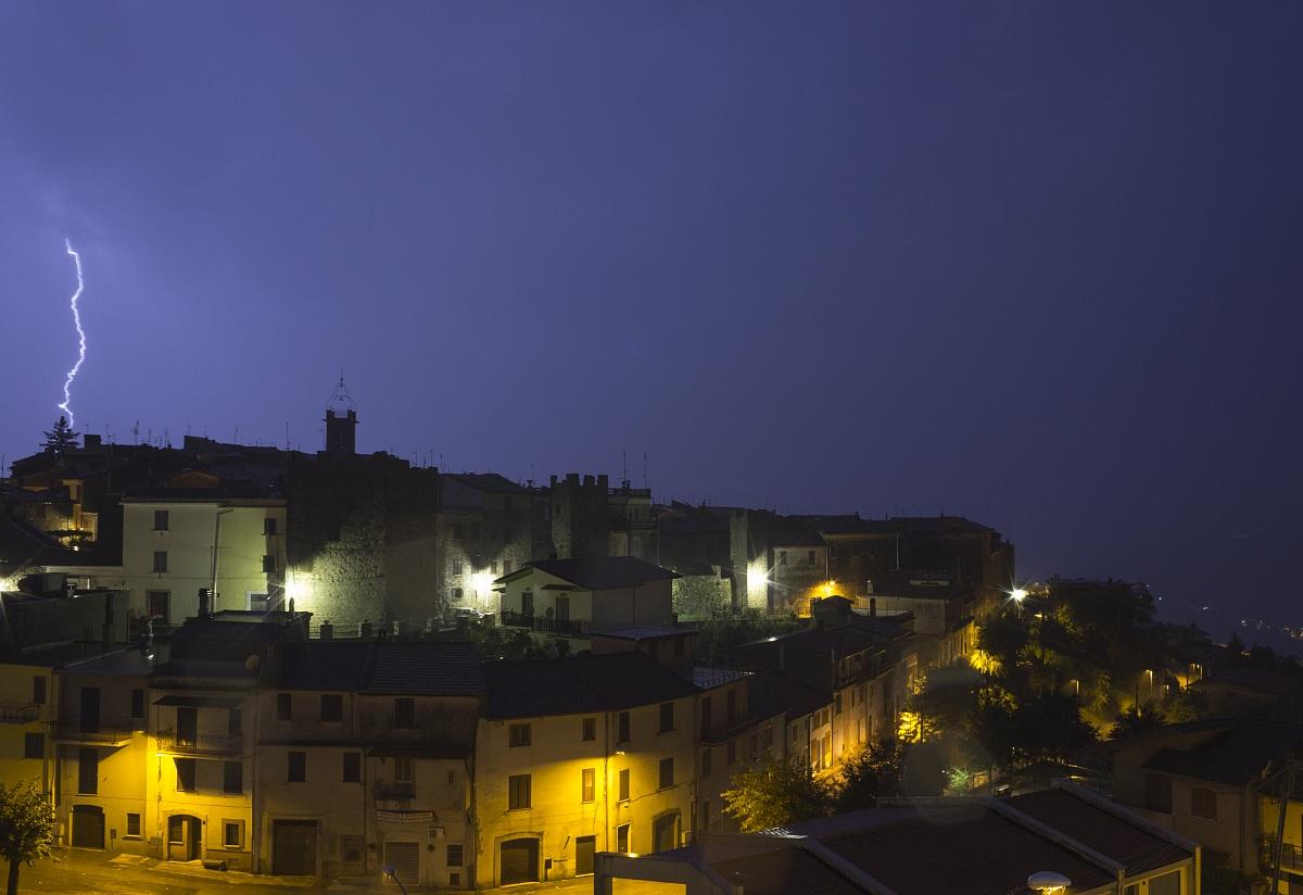 Vico nel Lazio dalla finestra di casa mia durante un te...