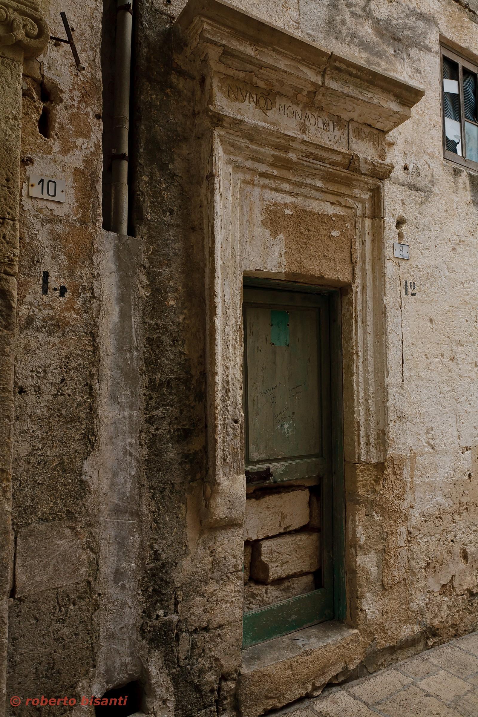 vecchian door .......