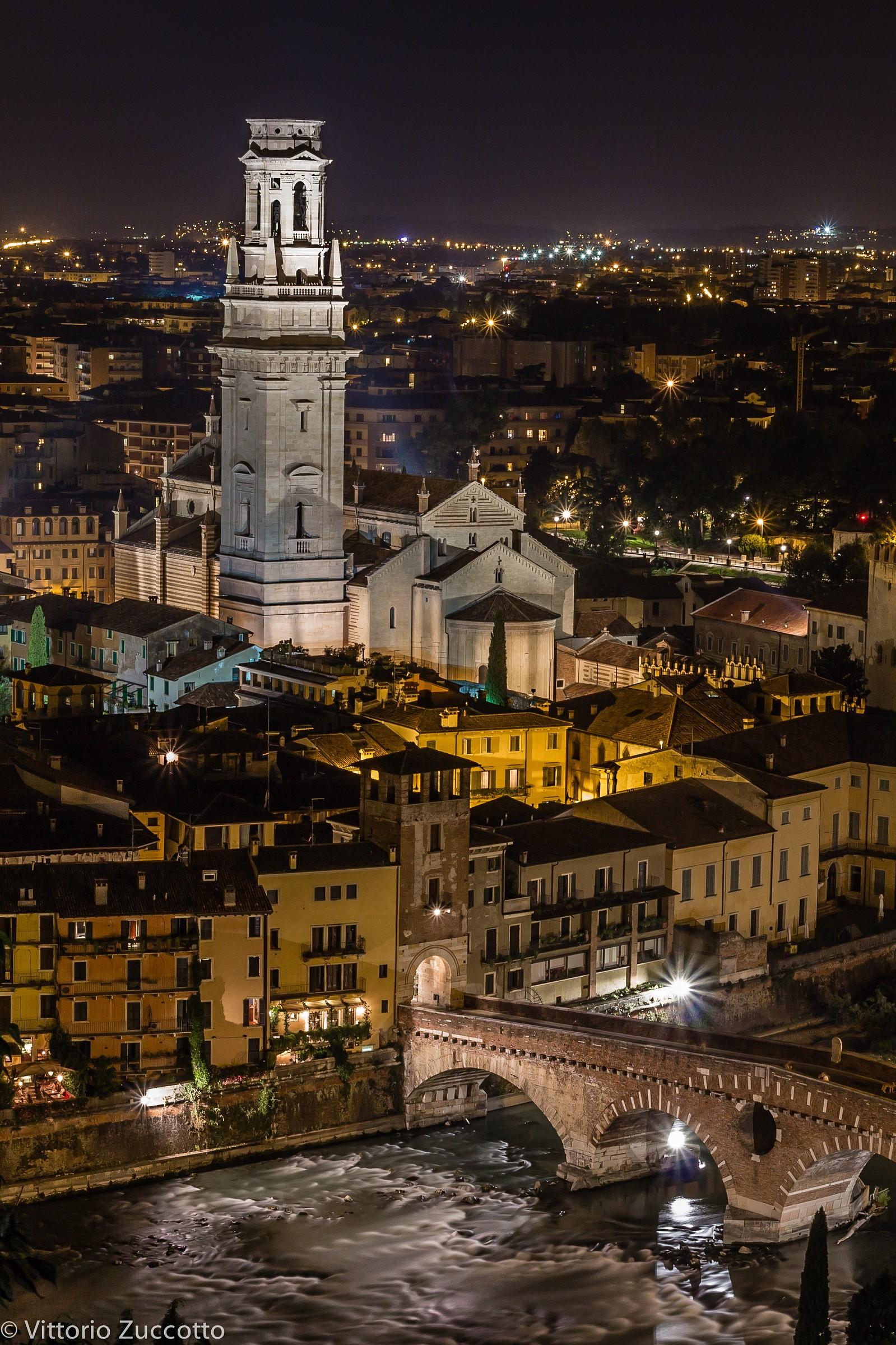 Duomo and Ponte Pietra (Verona)...
