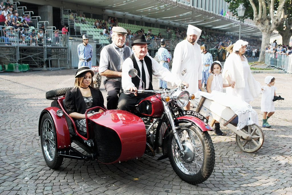 motorcycle with sidecar...