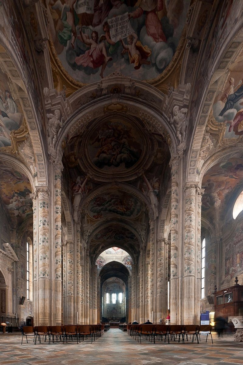 Asti interno cattedrale di santa maria assunta juzaphoto for Interno j
