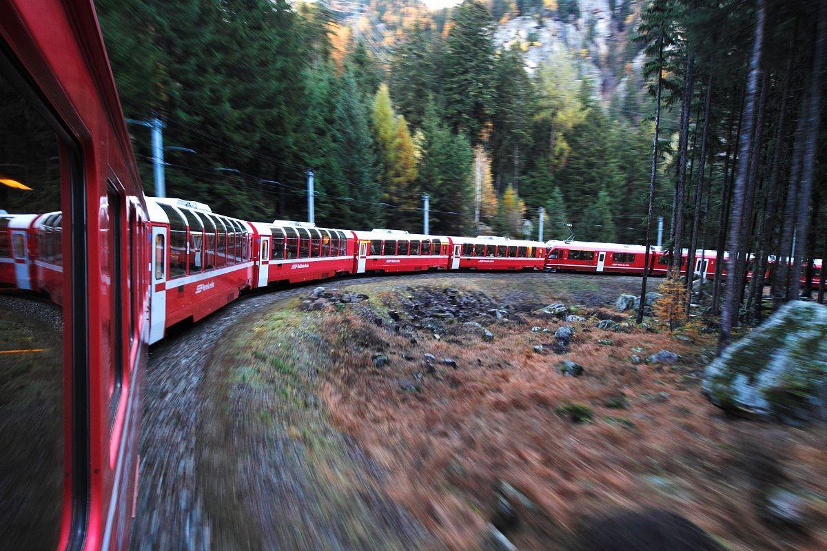 Trenino Rosso Del Bernina 3...