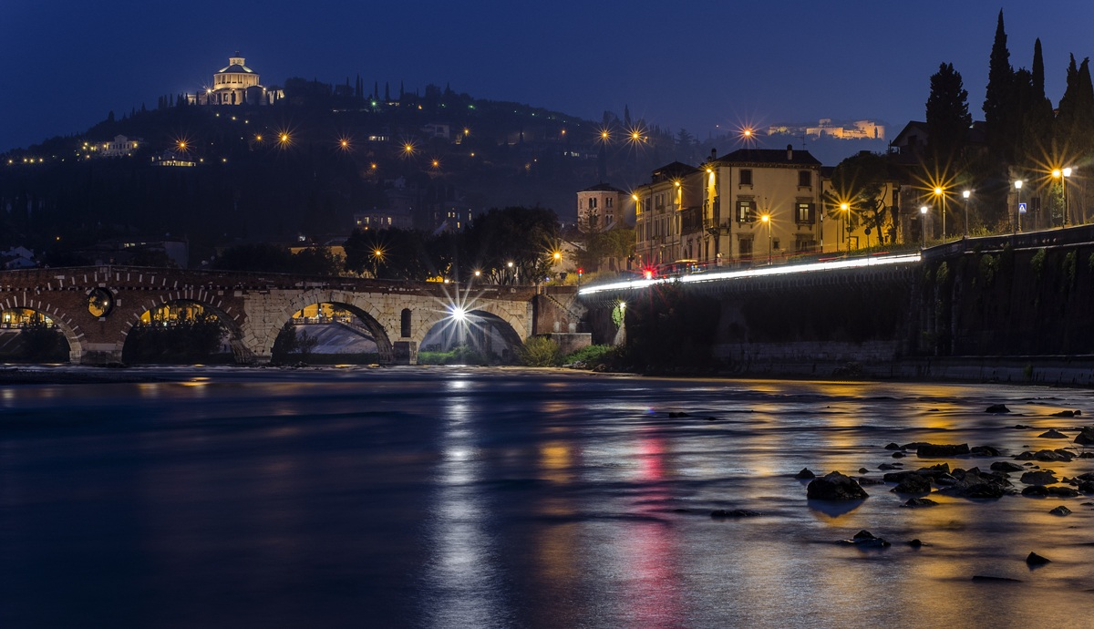 Lights Trail. Verona...