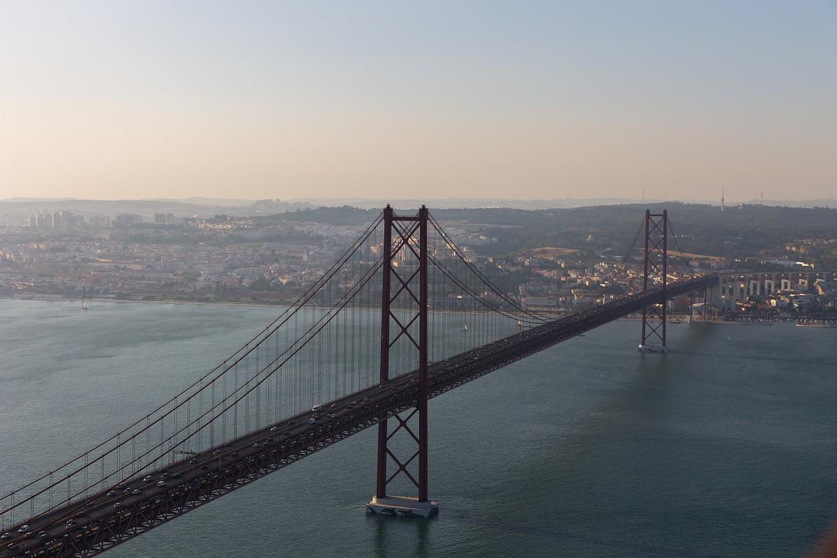 25 abril Bridge...