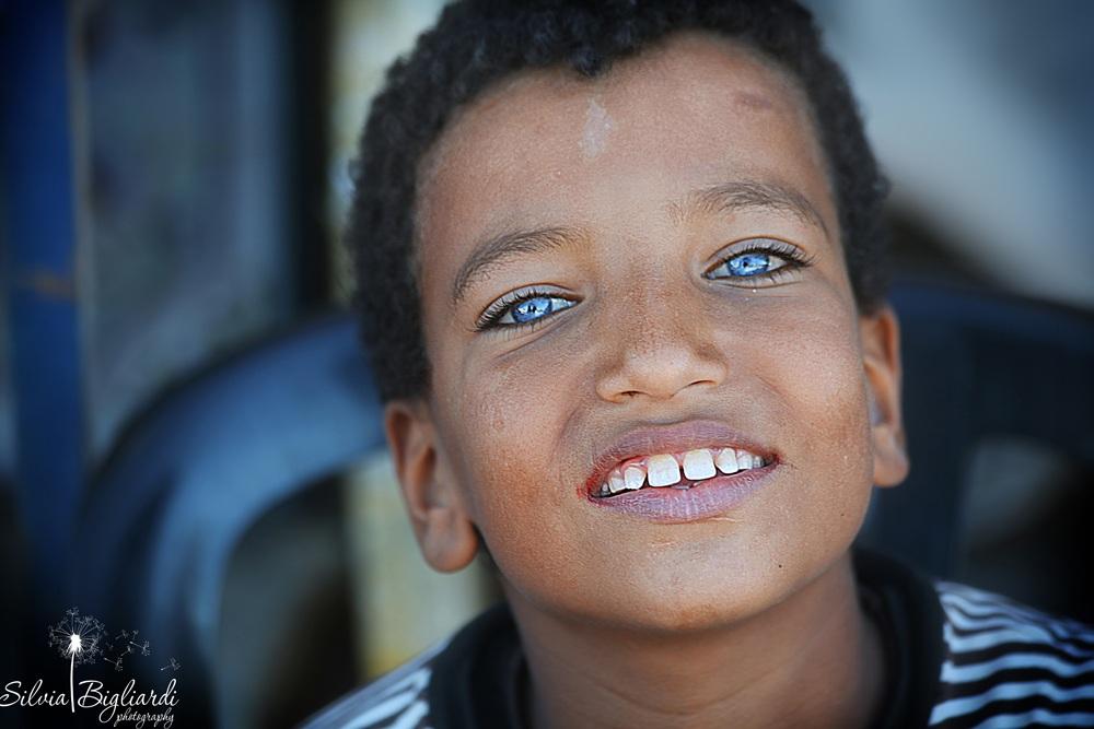 i ragazzi guardano solo le bionde o gli occhi azzurri