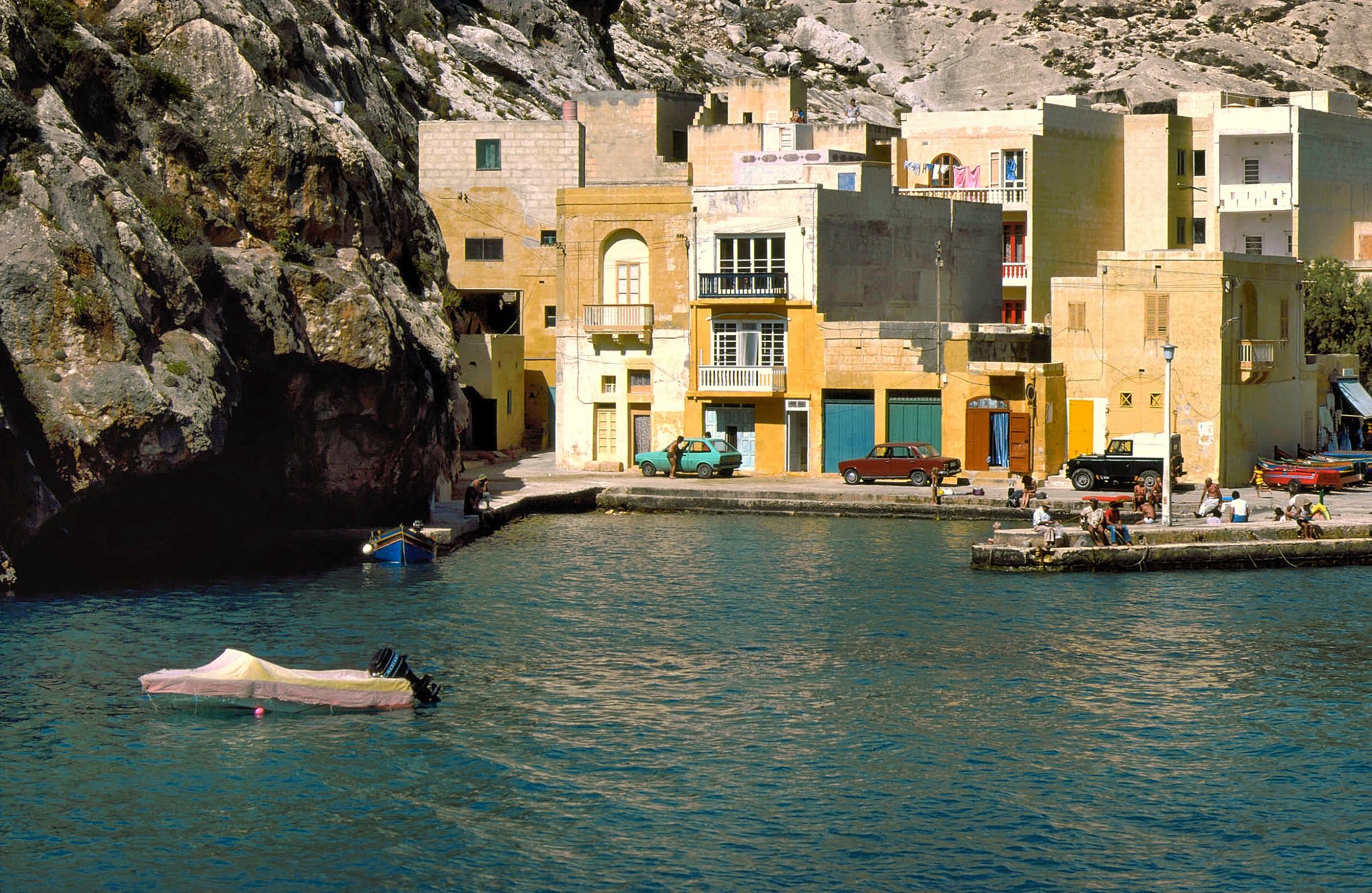 A corner of Gozo (Malta) - 1984...