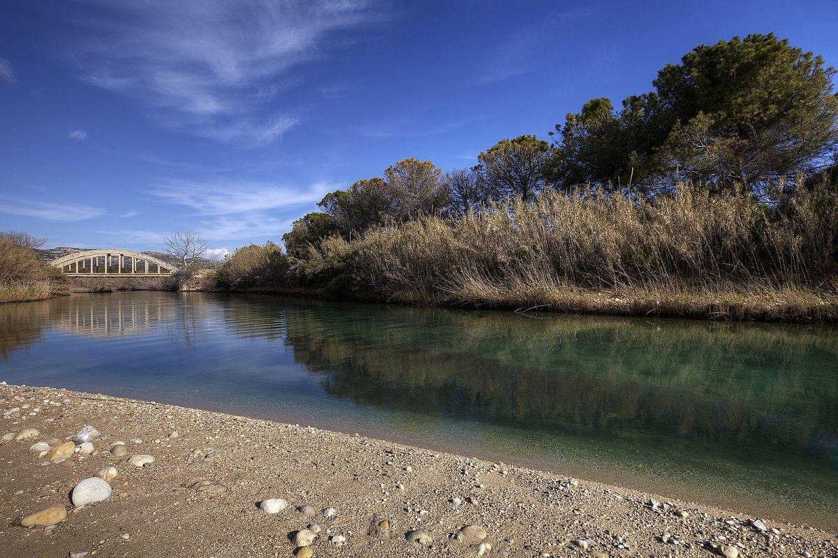 Il ponte sul fiume cassibile juzaphoto - Il giardino sul fiume ...