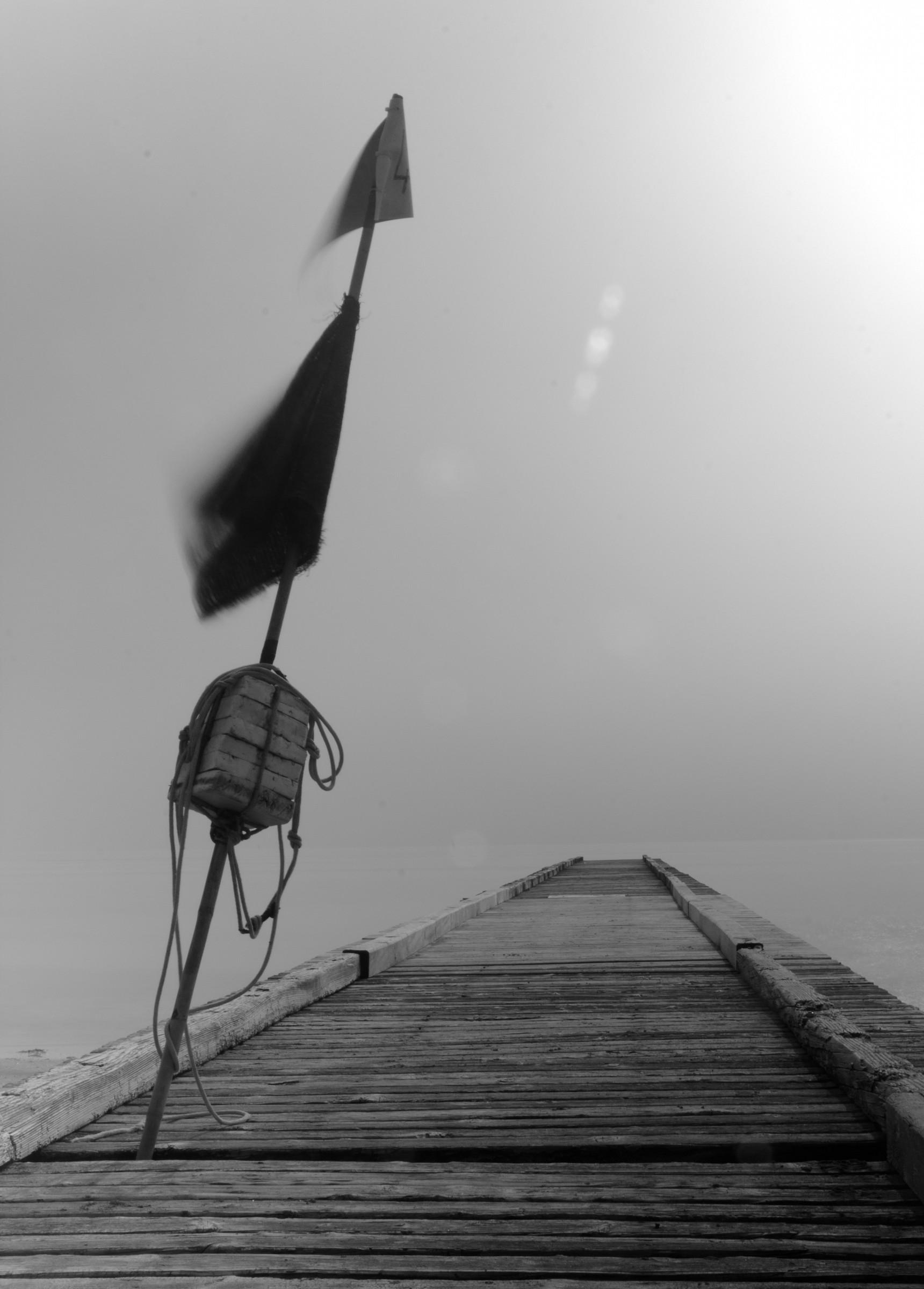 pontile nella nebbia...
