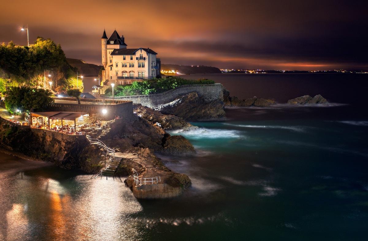 Biarritz by night...