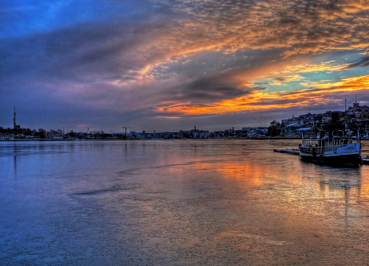 Stockholm - Sunrise on sea ice...